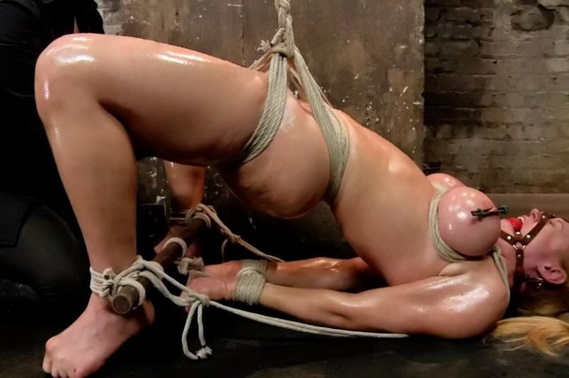Slave mirella tied and sprayed with cum