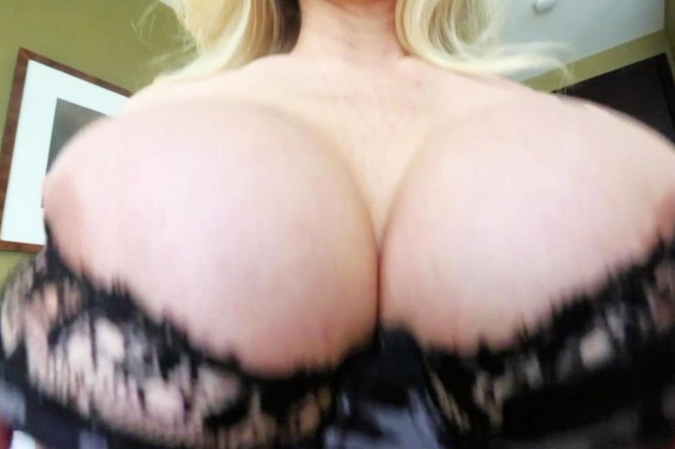 Jessica Alba Nice Ass