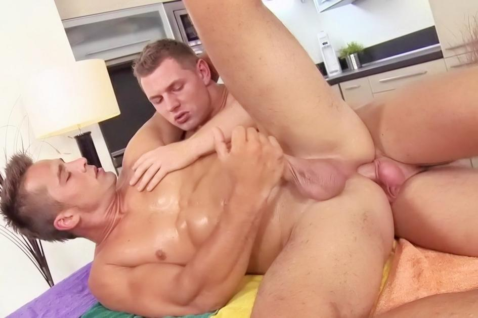 GAY CUM VIDEO CLIPS