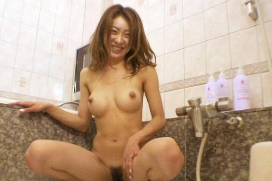 Interracial oily sex